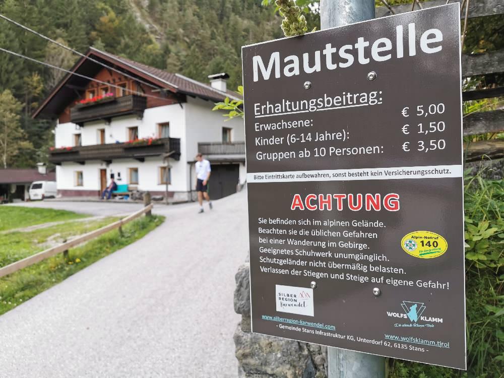 Eintritt Wolfsklamm - am Eingang der Klamm in Tirol
