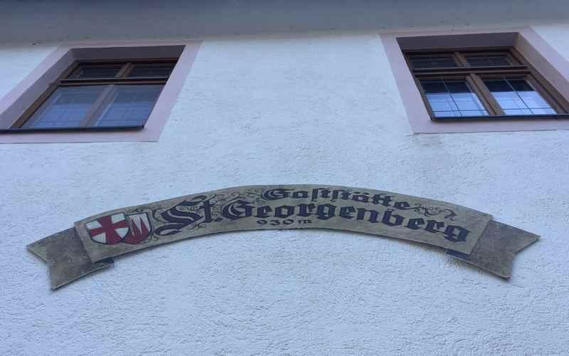 Die Gaststätte St. Georgenberg - auf 930 Metern Höhe im Karwendel