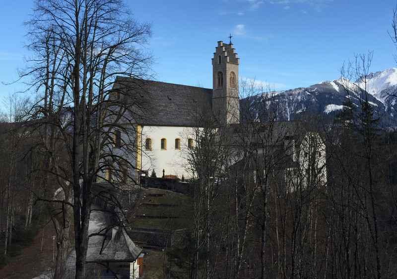 Die Kirche St. Georgenberg in Tirol