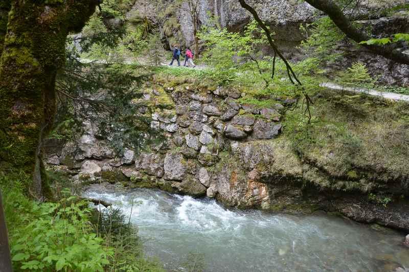 Durch die Kundler Klamm wandern in Tirol