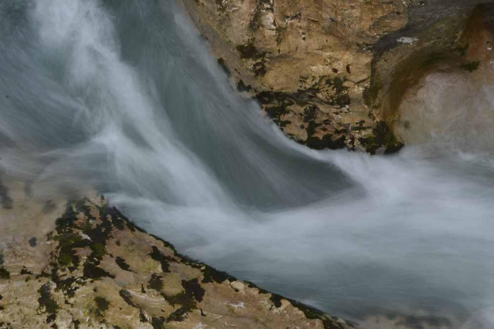 Die Leutascher Ache bringt das Wasser aus dem Wettersteingebirge in die Leutaschklamm