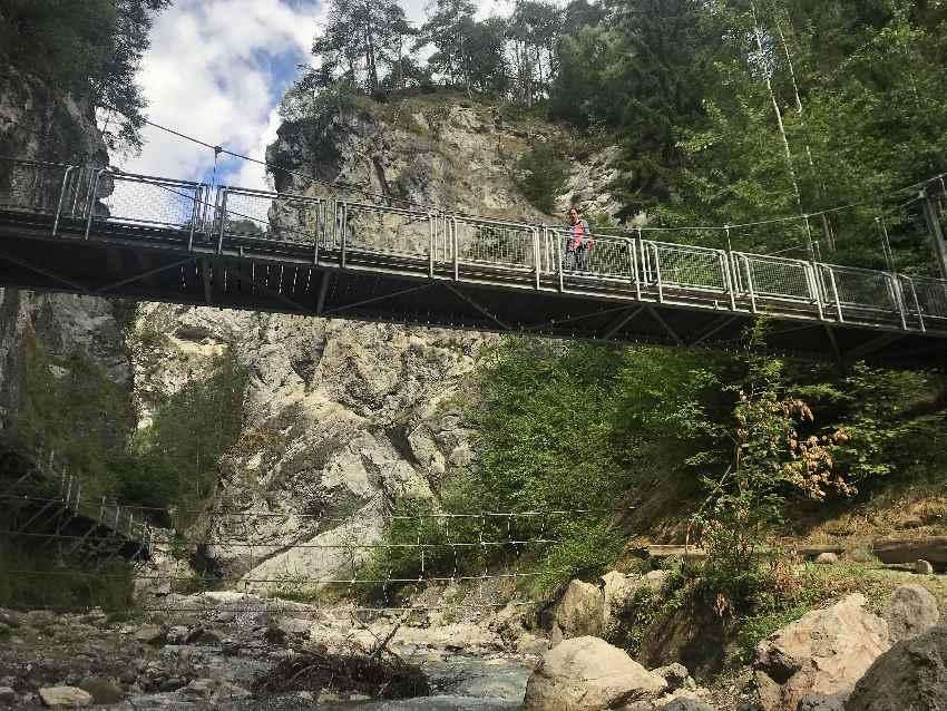 Die erste große Brücke in der Rosengartenschlucht Imst