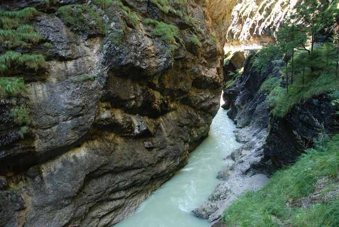 Klamm Tirol: Die Tiefenbachklamm - auch eine schöne Wanderung durch eine Schlucht in Tirol