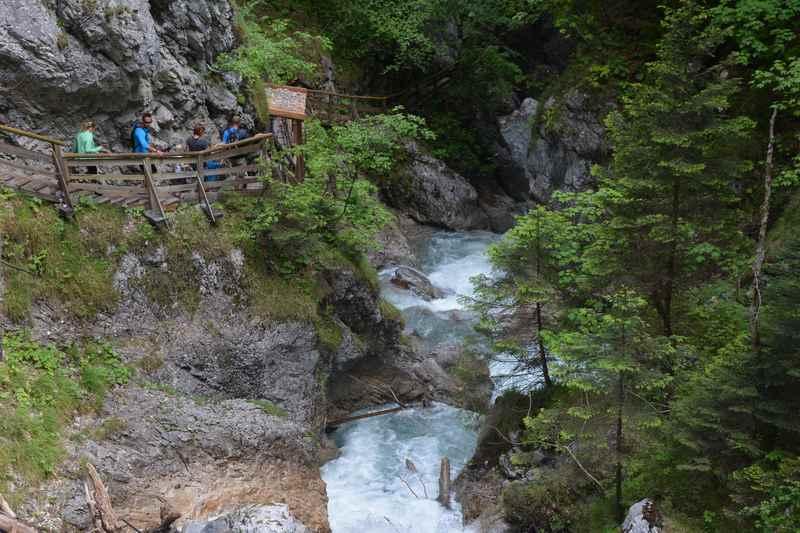 Im oberen Bereich der Wanderung durch die Wolfsklamm in Tirol