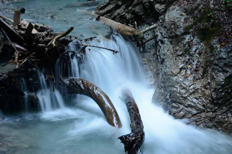Dem frischen Wasser aus dem Karwendel könnte man stundenlang zuschauen