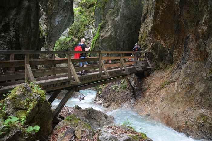 Ab Stans durch die Wolfsklamm im Karwendel wandern