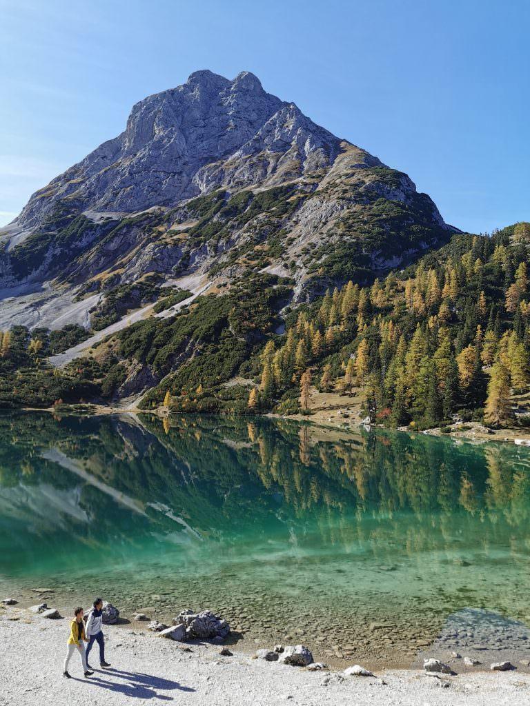 Sehenswürdigkeiten Alpen - der Seebensee bei der Zugspitze