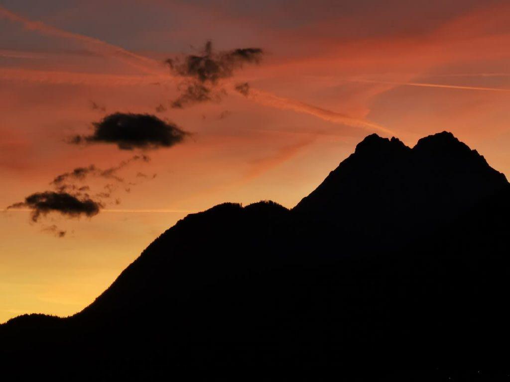 Sollte man erlebt haben, einen Sonnenuntergang oder Sonnenaufgang im Karwendelgebirge