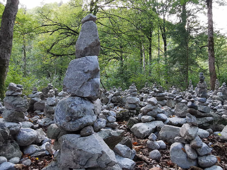 Steinmännchen: Früher Wegmarkierung - heute Trend und Fotolocation