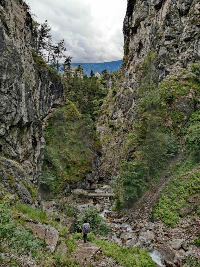 Der Blick durch die Ehnbachklamm Richtung Zirl