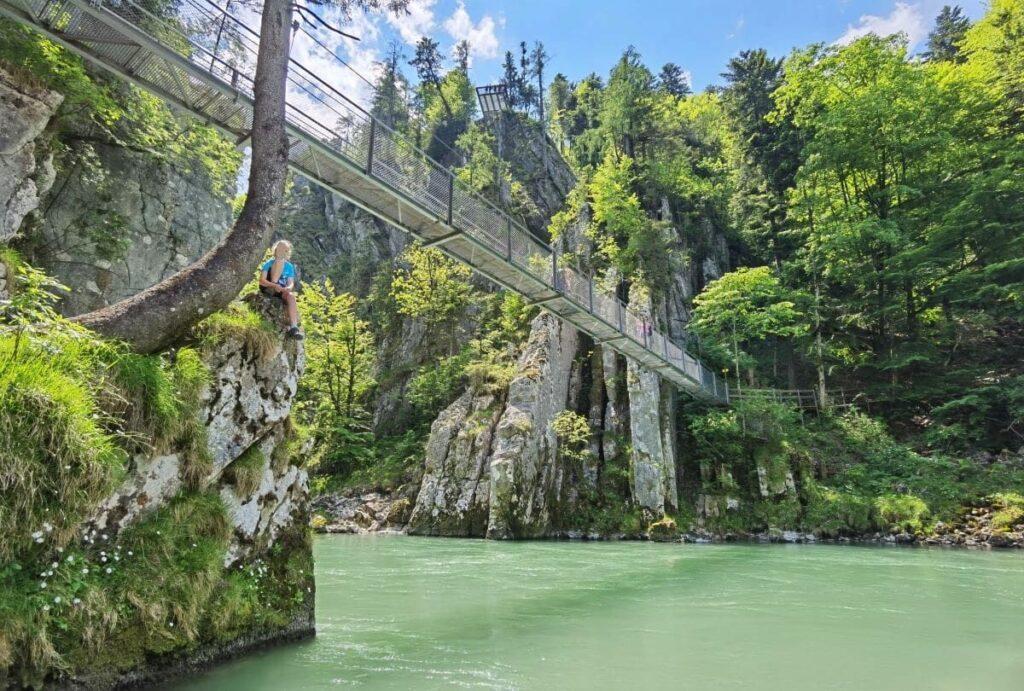 Klamm Tirol mit zwei Hängebrücken - die Entenlochklamm am Klobenstein