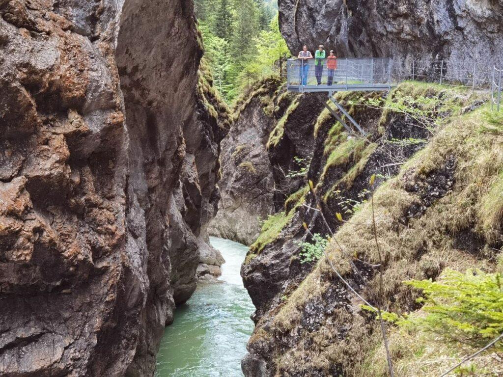 Klamm Tirol gesucht? Hier findest du das große Special rund um´s Klamm wandern in Tirol
